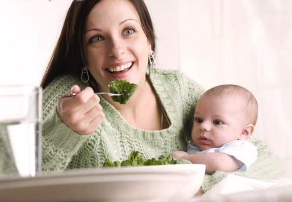 6 Aturan Diet untuk Ibu Menyusui