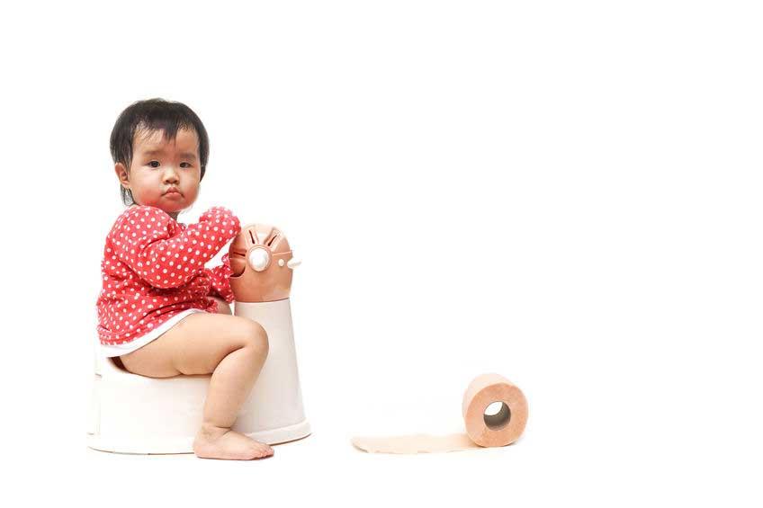 Ajarkan Toilet Training Pada Si Kecil