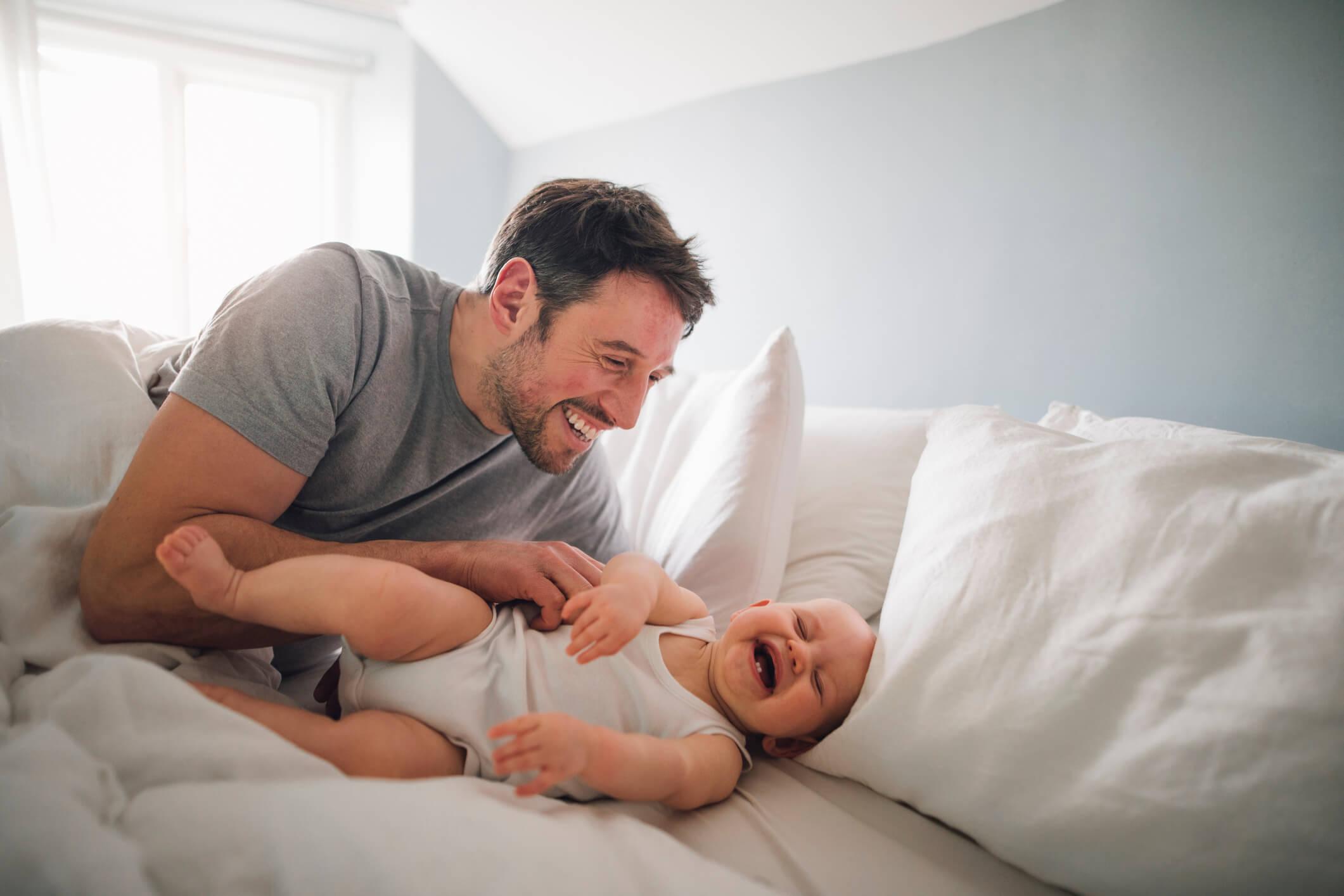 Keterlibatan Ayah Dalam Pengasuhan Membuat Bayi Lebih Dicintai dan Percaya Diri