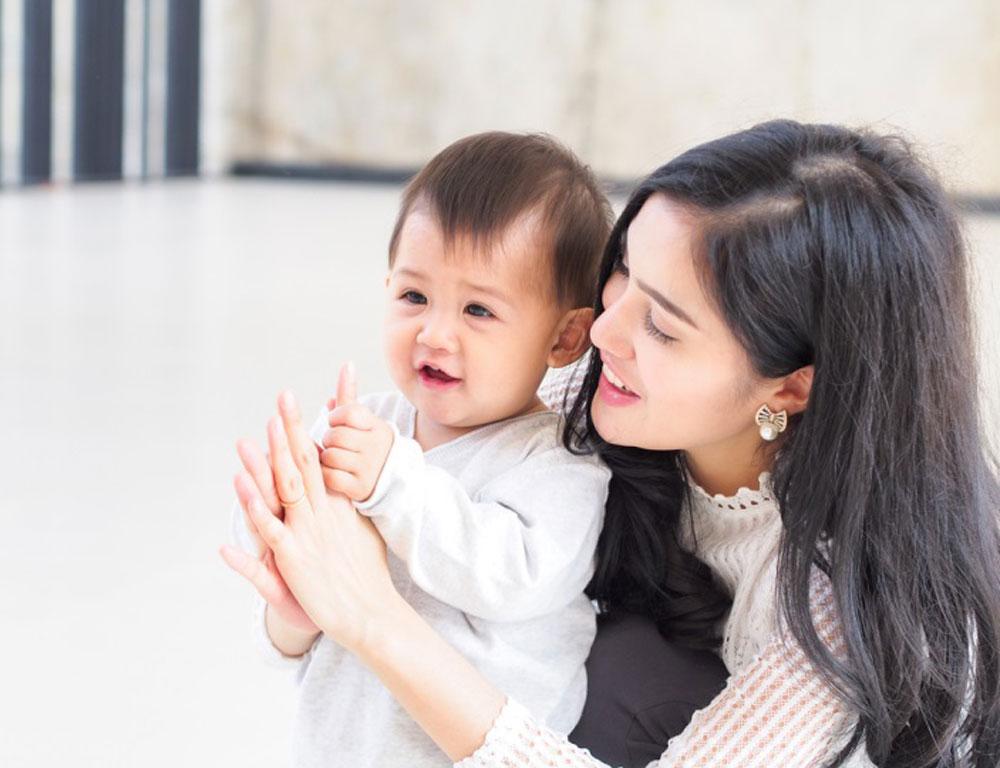 Manfaat Bedak Bayi Dalam Perawatan Kulit si Buah Hati