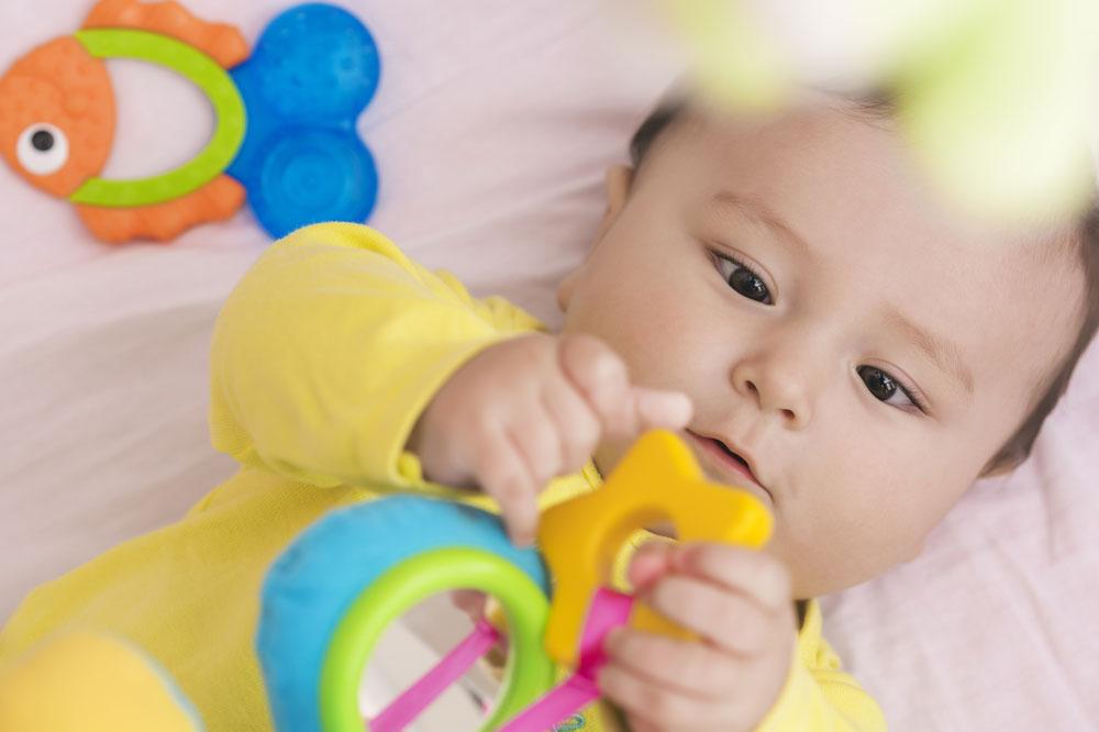 Perkembangan Sensori Motorik Sesuai Usia Anak