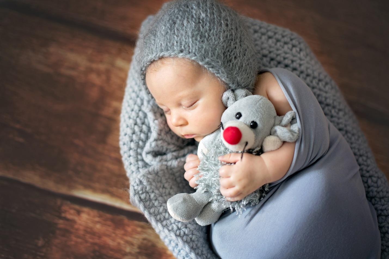 Persiapkan Bedak Bayi dan 4 Hal Ini Sebelum Sesi Foto Newborn