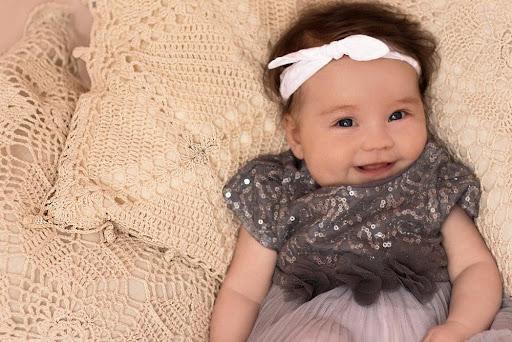 Tidak disangka, Cara ini Bisa Melebatkan Rambut Bayi