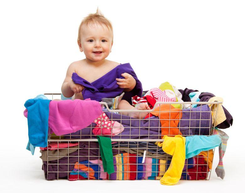 Menjaga Kebersihan Tempat Baju Si Kecil