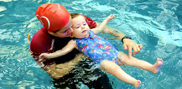 Berenang Bikin IQ Anak Tinggi