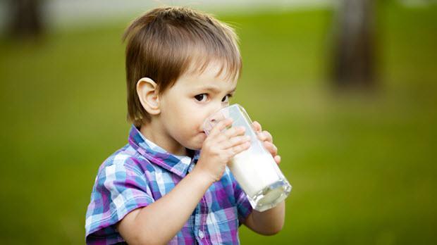4 Nutrisi Penting yang Diperlukan Anak