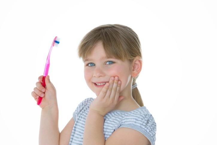 Ajari Anak Rajin Sikat Gigi dengan Permainan Ini