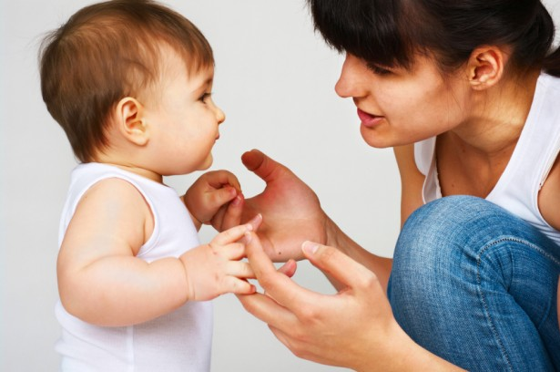 Stimulasi agar anak cepat bicara
