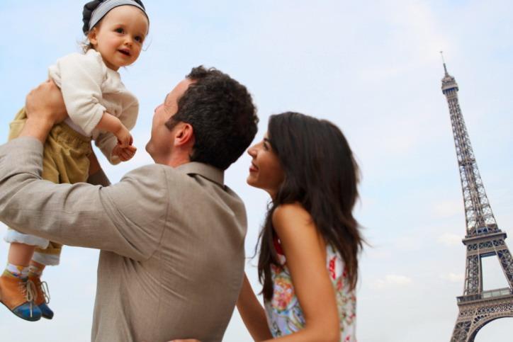 Tips penting saat bepergian  bersama bayi